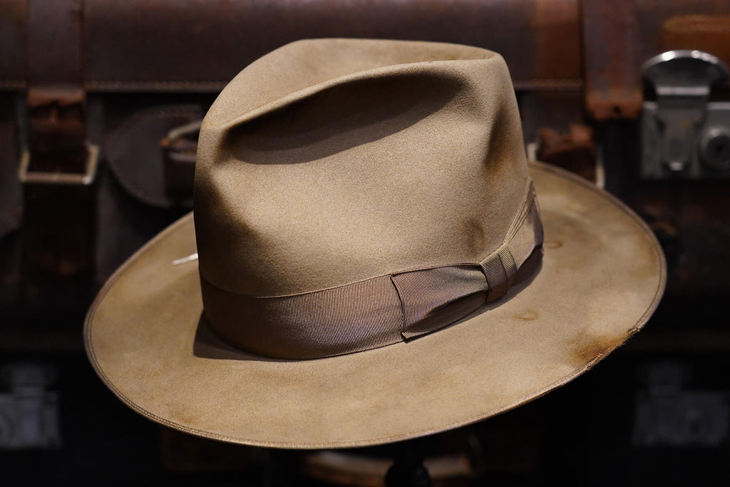 LUCKY FEDORA SERIES  - fric -