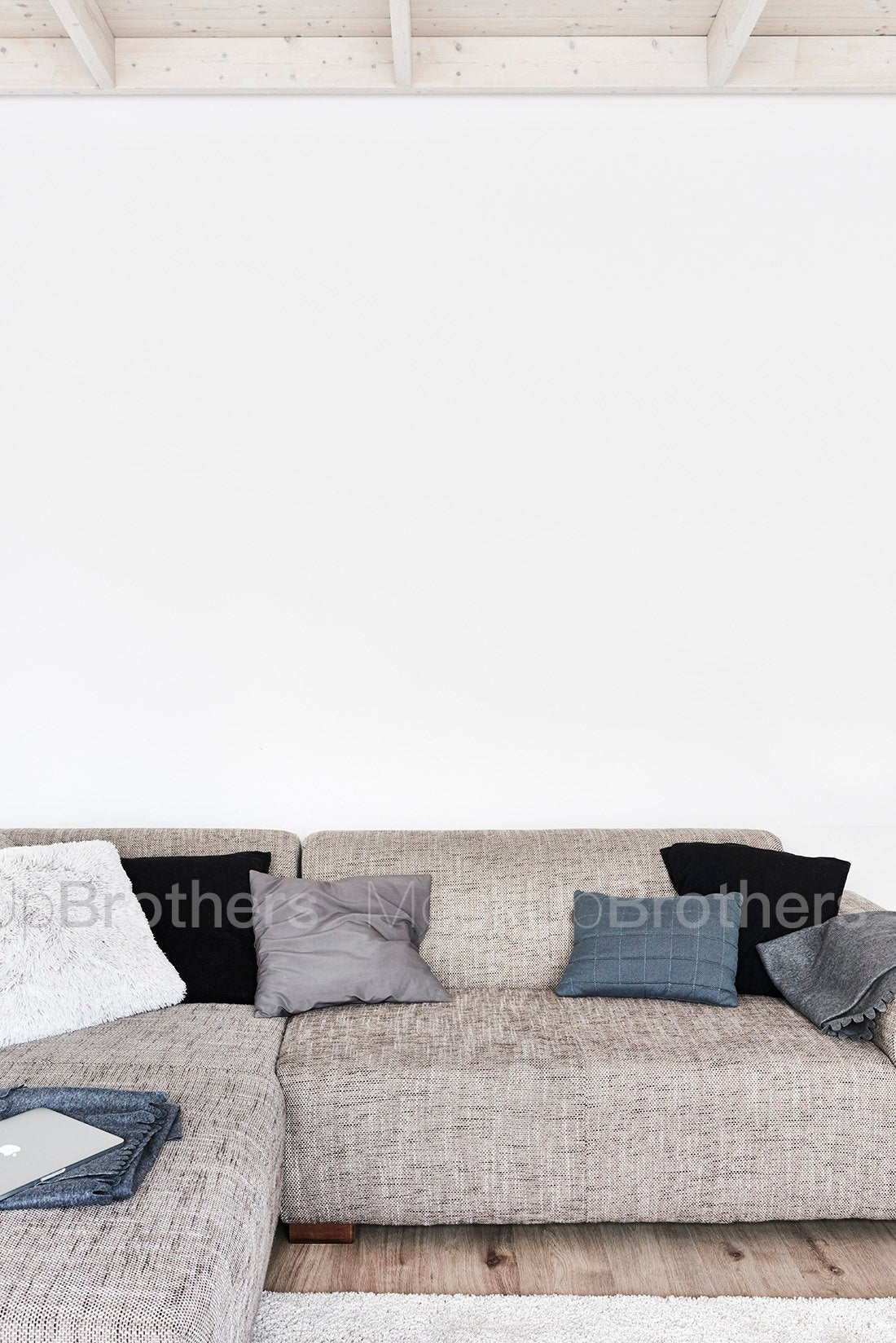 Large wall stock photo by MOckup Brothers