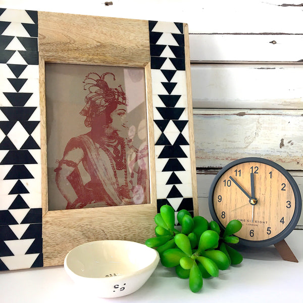 "Wooden Frame with Bone Inlay  4""x6"" - Status Collections"