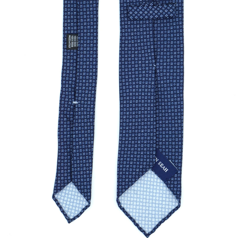 Navy Diamond Patterned Silk Tie