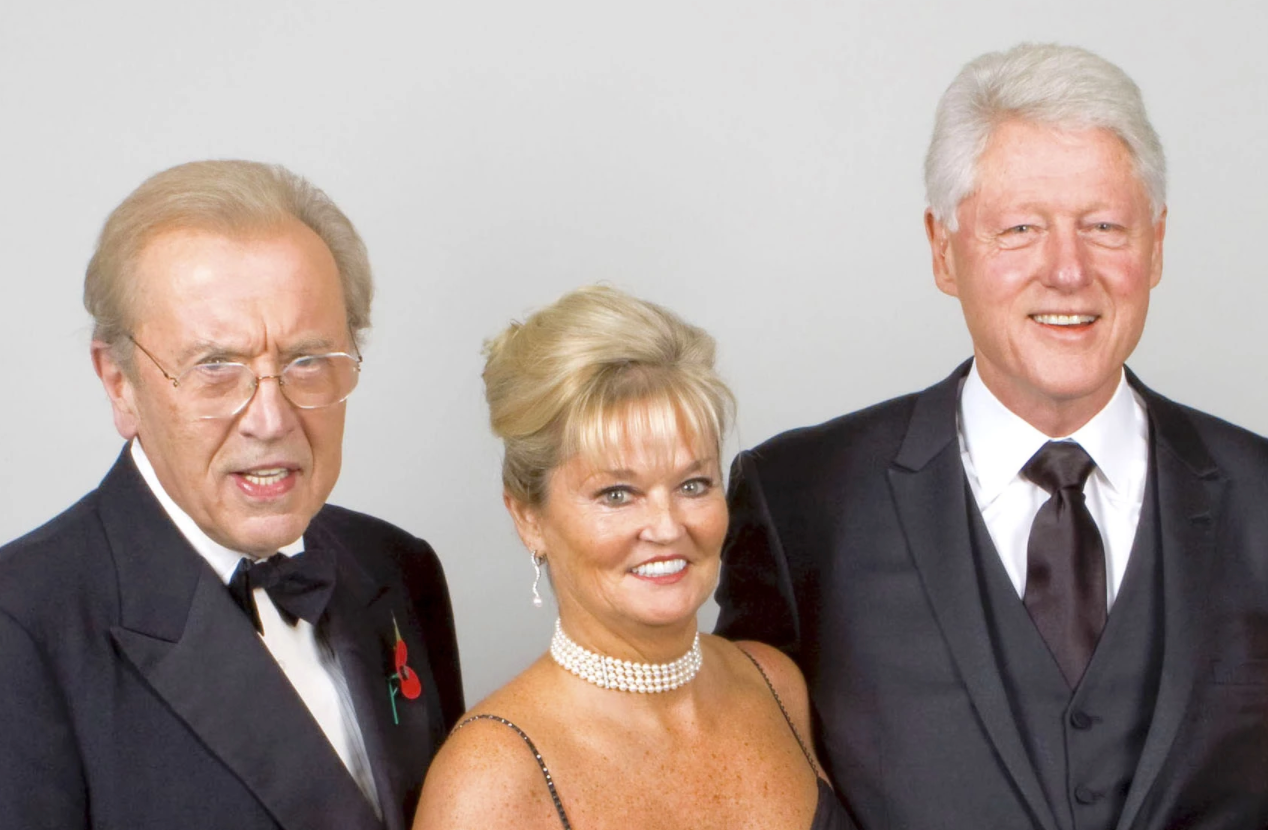 Sire David Frost, Sally Allen, President Clinton
