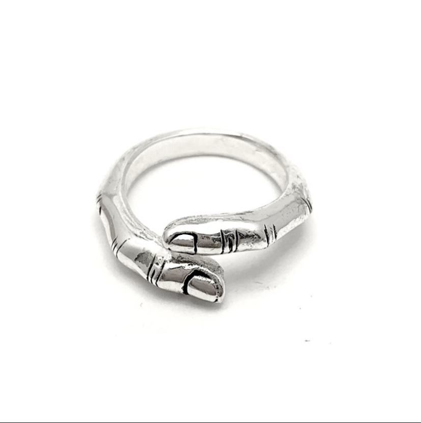 THE TOUCH FINGER RING