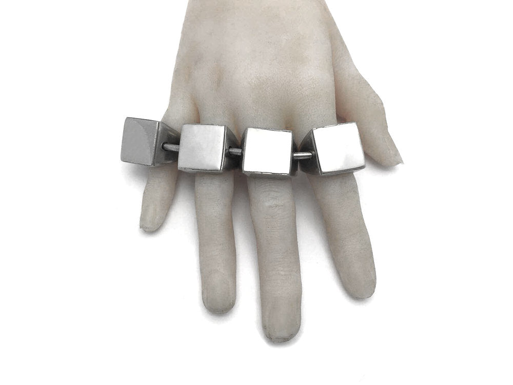 The Square Signet Articulated Knuckleduster