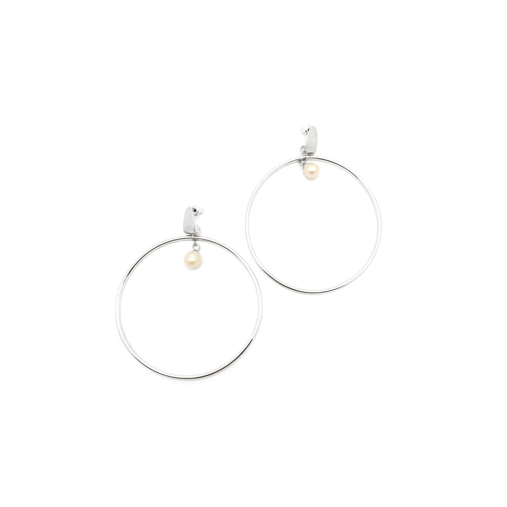 The Hoisted Pearl Hoop Earrings (pair)
