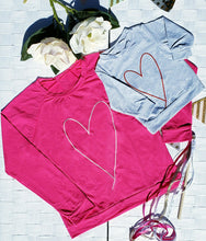 Load image into Gallery viewer, Love Heart Mommy & Me Long Sleeve Tees
