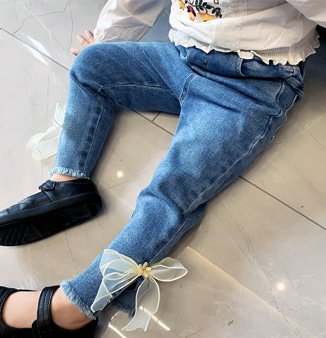Bow Jeans with Distressed Hem