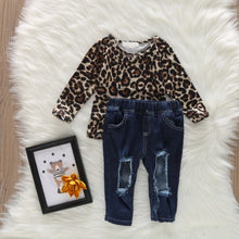 Load image into Gallery viewer, Leopard Print Top with Distressed Jeans