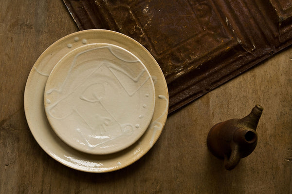 Embossed Ceramic Dinner Plate and Soup Bowl