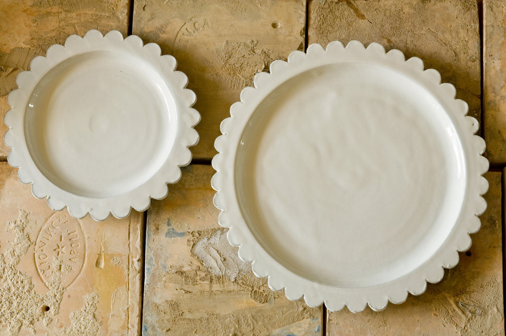 Fancy White Ceramic Dinner Plate