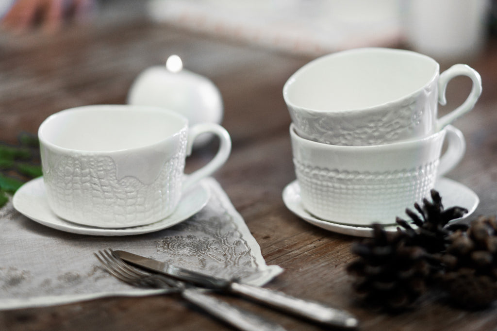 Domenica - Handmade Porcelain Cup and Plate - Xmas style