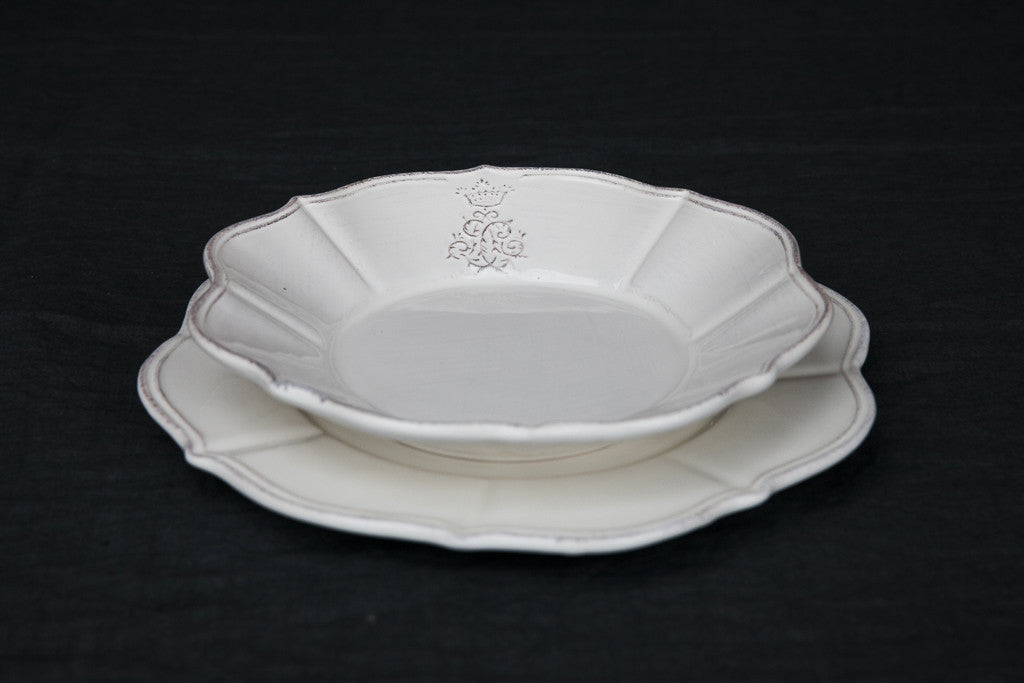 Ceramic Scalloped Dinner Set