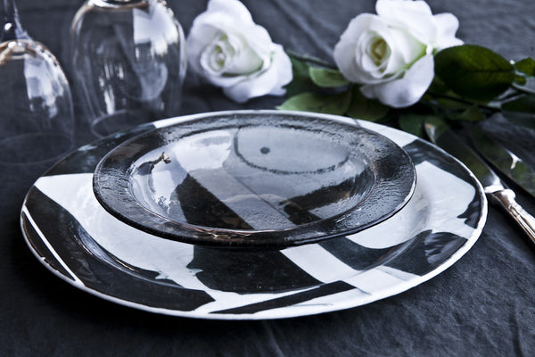 Printed Glass Dish Made in Italy, Luxury dinnerset, glass dinnerset, luxury dinnerware, highend dinnerset, highend dinnerware, design dinnerware, design dinnerset,