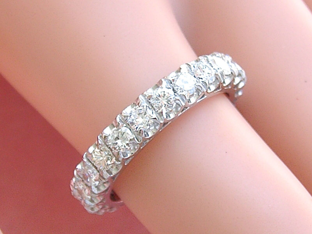 VINTAGE 1.84ctw BRILLIANT DIAMOND WHITE 18K GOLD ETERNITY BAND RING 1950 size 7