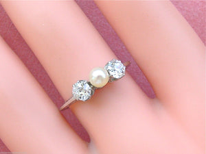 ANTIQUE .66ctw 2 EURO DIAMONDS 4.5mm NATURAL PEARL CENTER TRILOGY RING 1910