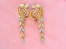 Load image into Gallery viewer, VINTAGE RETRO .45ctw. DIAMOND LEAF HANGING VINE 18K COCKTAIL EARRINGS 1940