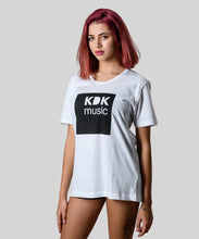 Laden Sie das Bild in den Galerie-Viewer, KDK Music T-Shirt white