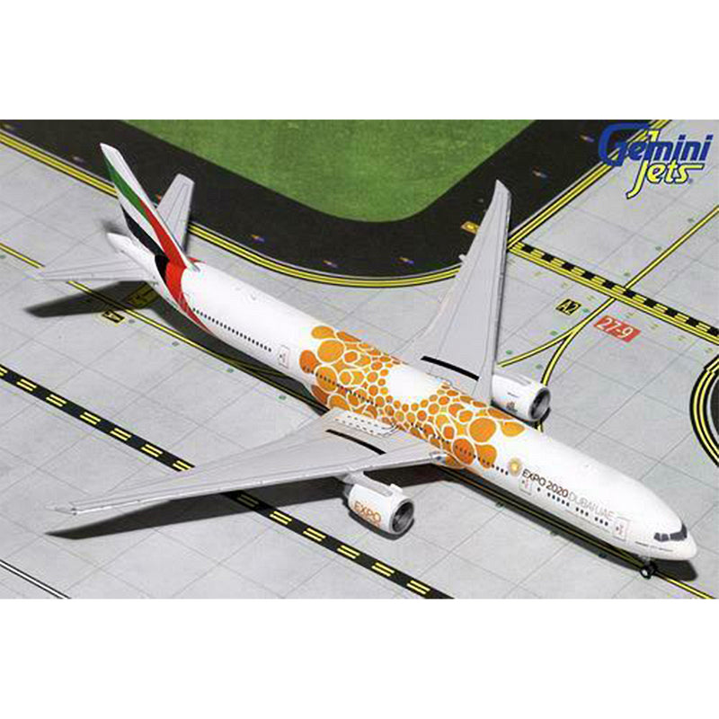 1/200 Emirates B777-300ER Expo New livery