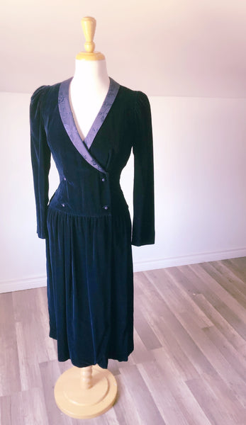 Vintage Velvet Dress - Size Med