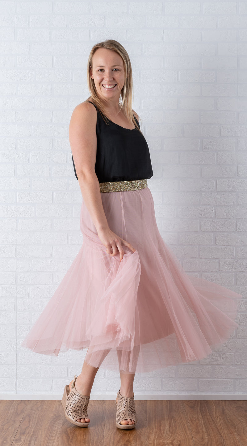 KelK. Rounded Tulle Skirt