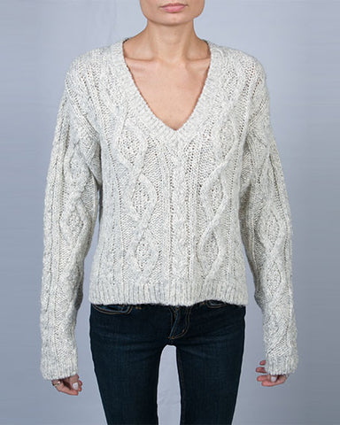 V Neck Cable Knit Sweater | Gris Chine Clair