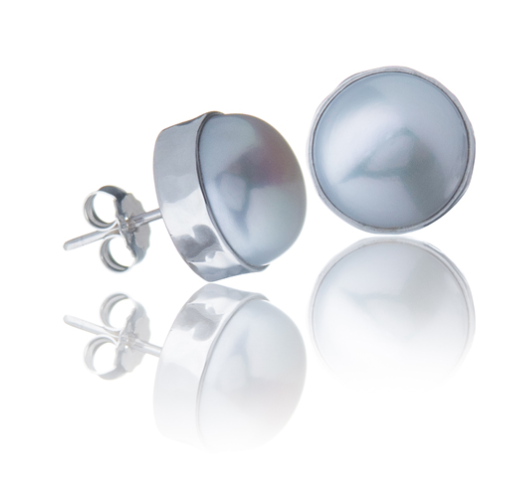 Pearl Stud in Sterling Silver