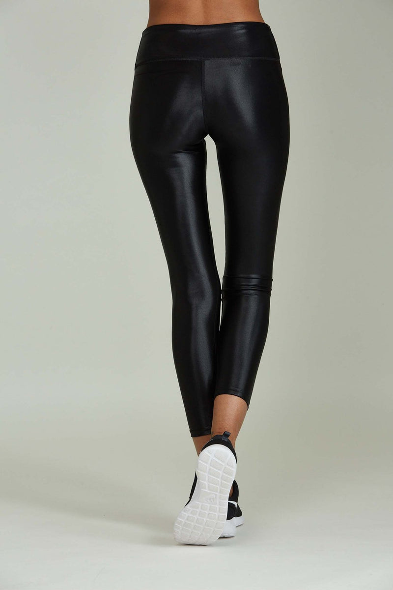 Liquid 7/8 Legging | Black