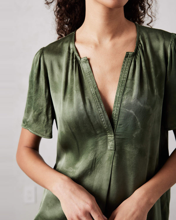 Lilakoi Blouse | Army Cloudwash