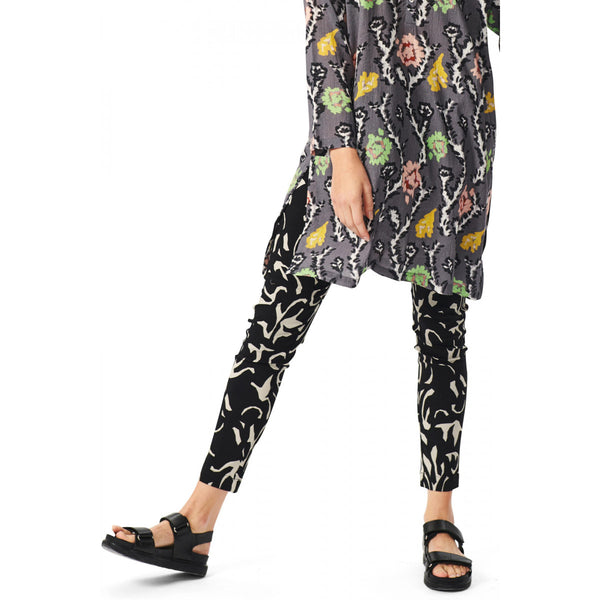 Printed Pants | Black