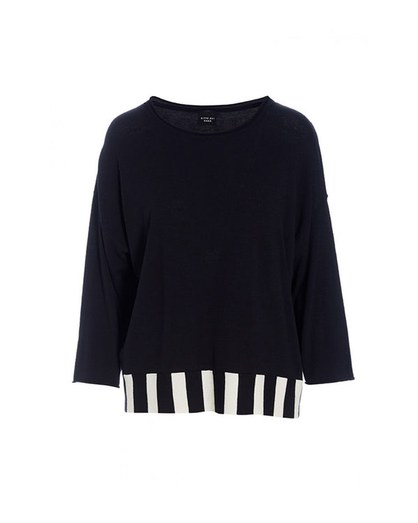 Bloom Knit 3/4 Sleeve Blouse