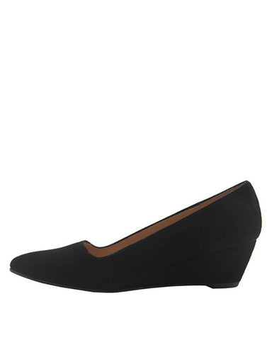 Clap Pointed Toe Wedge | Black Suede