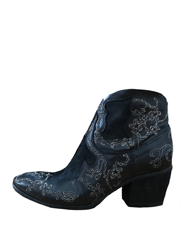 Janis Embroidered Bootie | Ignite Black