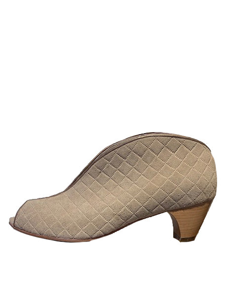 Geneva Low | Quilted Beige