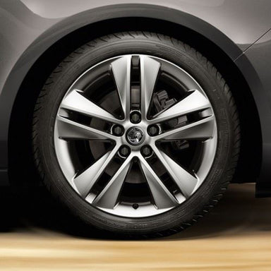 Vauxhall Zafira C (Tourer) (2012-) 18 Inch, 5 Double Spoke Alloy Wheels - Set of 4 with Winter Tyres