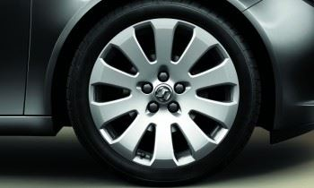 Insignia (2008-) 19 Inch 10 Spoke Alloy Wheels - Set of Four