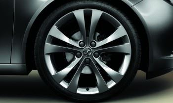 Insignia (2008-) 20 Inch 5 Double Spoke Alloy Wheels - Set of Four