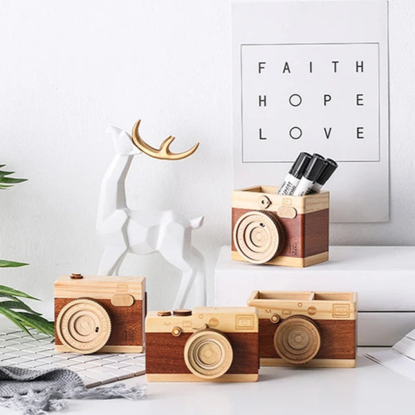 Celia - Retro Wooden Pen Holder & Music Box