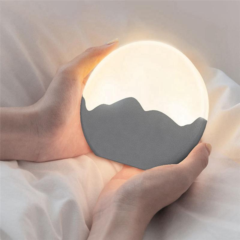 La Lune -  USB Rechargeable Night Light