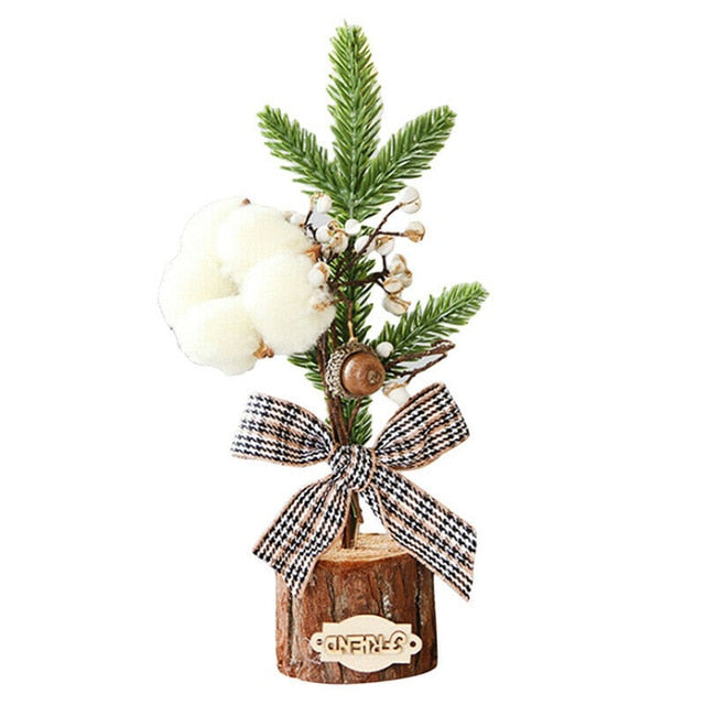 Darice Mini Christmas Tree - LEMI Décor