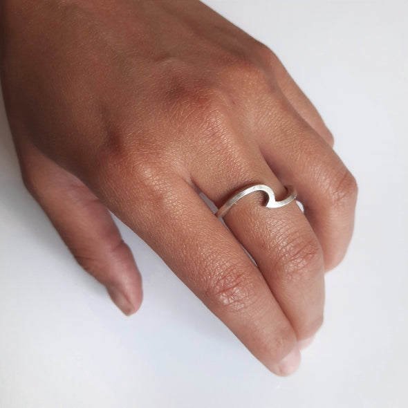 Einfacher Damen in Wellenform - Vague Ringe KOOMPLIMENTS