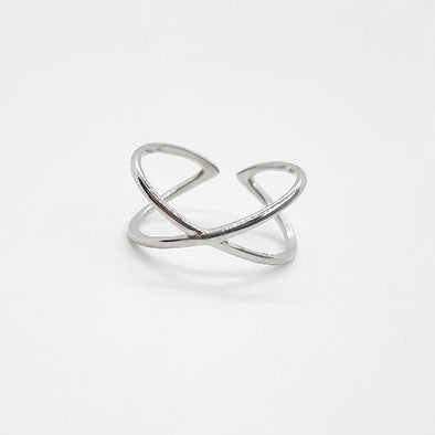 Minimalistischer X Ring Silber - Medium Ringe KOOMPLIMENTS