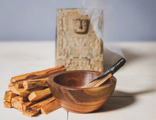 Load image into Gallery viewer, Enu Premium Palo Santo Incense - Grown & Crafted in Peru - Smudging Sticks