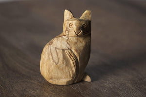 Enu Palo Santo Hand Carved Cat Totem - Made in Peru - Spirit Animal Incense - Artisan Crafted