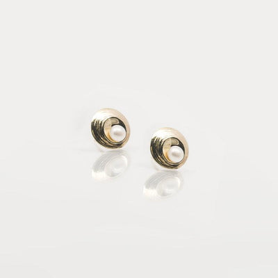 Martina Hamilton Oyster Pearl 9ct Gold Earrings OP2P.G9