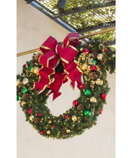 Pre Decorated Christmas Wreath for Commercial Property