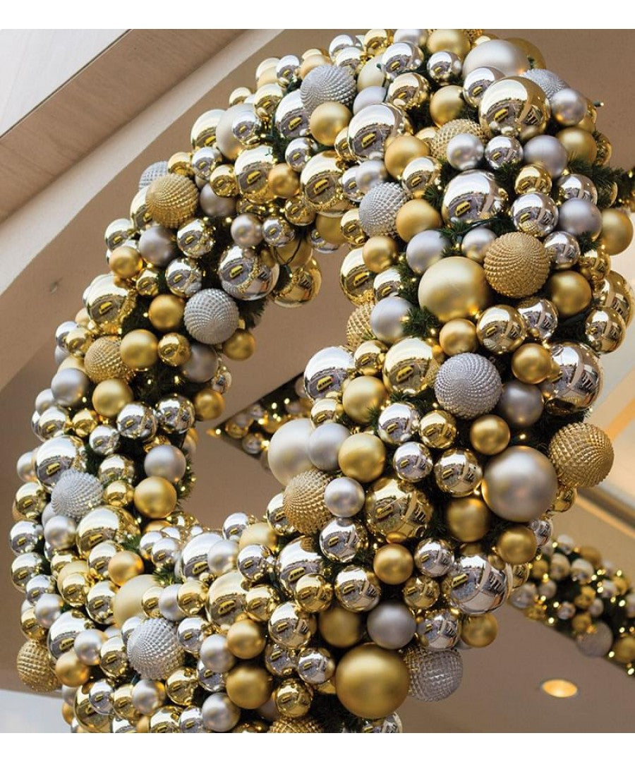Deluxe Decorated Commercial Christmas Wreath