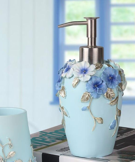 Blueberry Blossom Bathroom Set