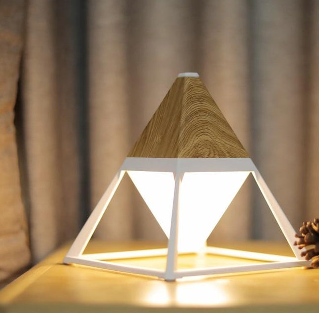 Cosmo - Portable Pyramid Lamp