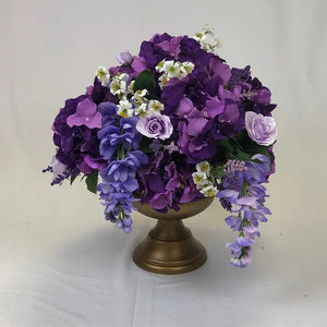 Purple flower arrangement for centrepiece