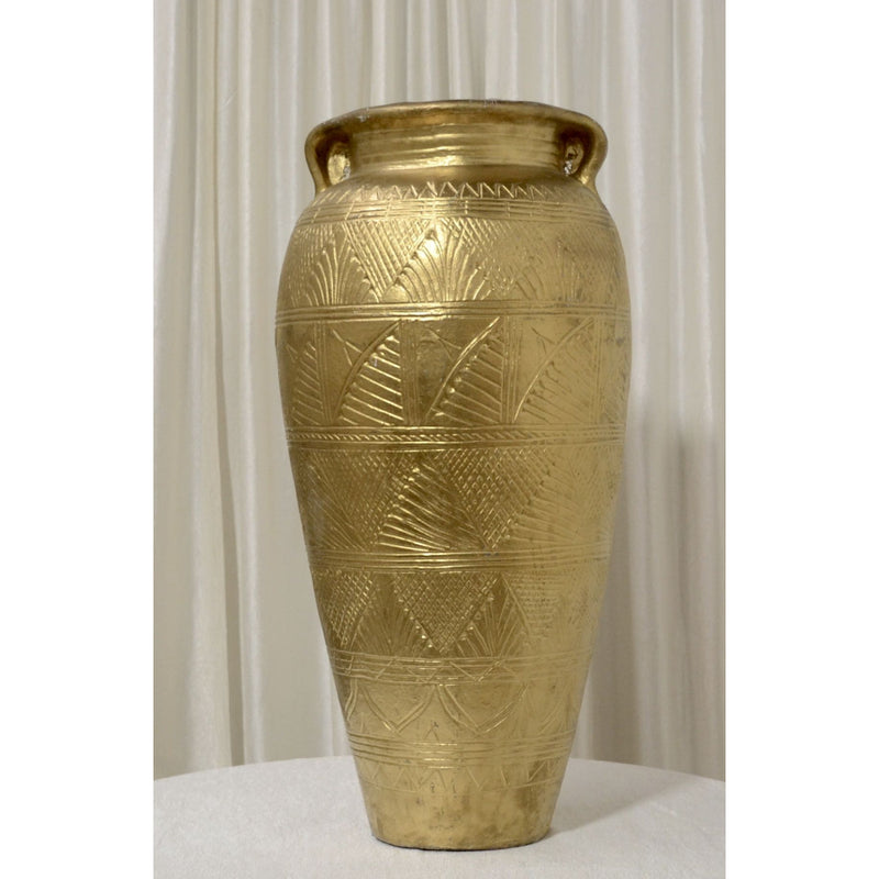 Large Urn with Backdrop