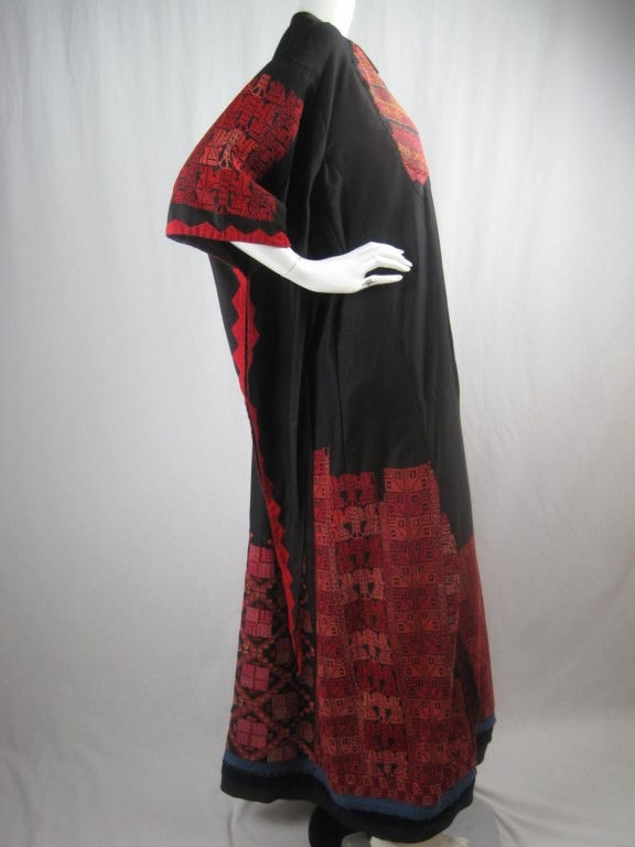 1900's Dress Antique Bedouin Embroidered Vintage - regenerationvintageclothing